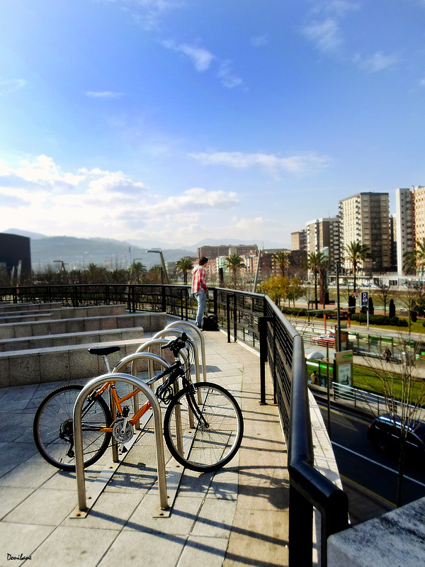 Bilbao at a glance by Donibane