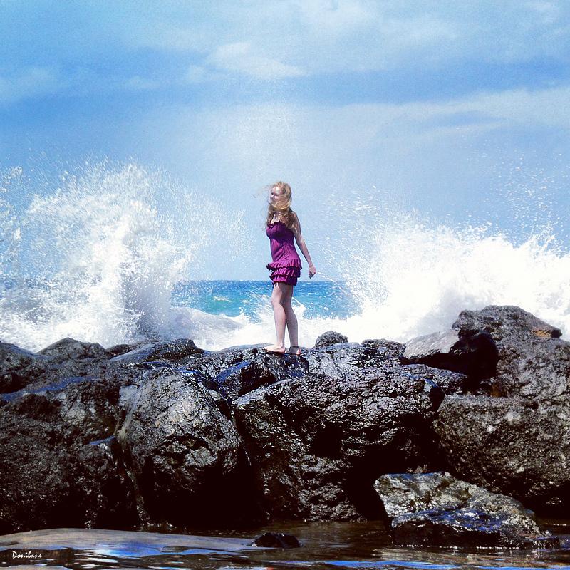 Baño de olas por Donibane