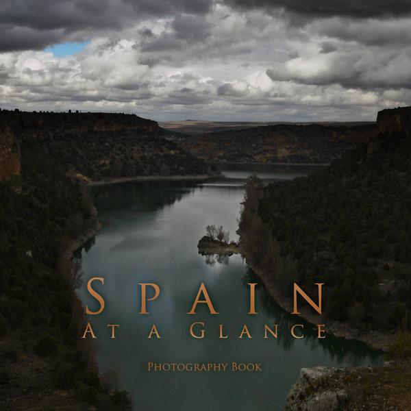 Nuevos proyectos de Artshow Collective: libro de fotografías de Spain