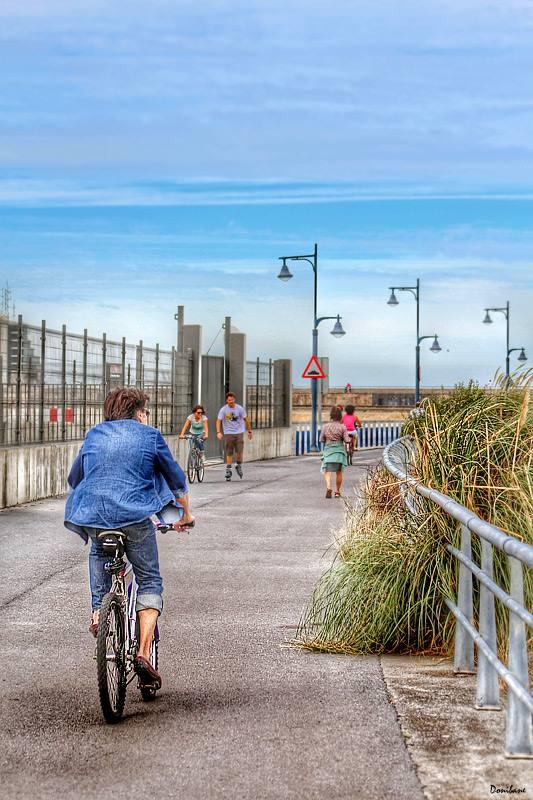 Por el Puerto Deportivo de Getxo en bicicleta, por Donibane